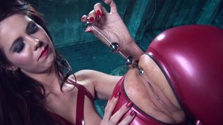 Squirt latex Latex squirting